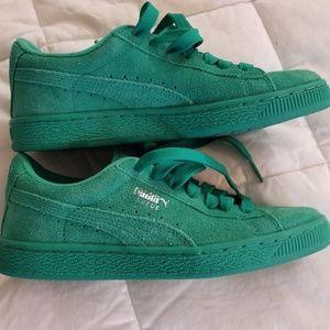 Puma green suede sz 4.5